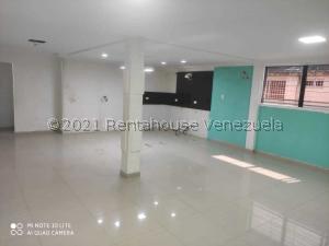 Apartamento En Ventaen Ciudad Ojeda, Avenida Vargas, Venezuela, VE RAH: 22-1437