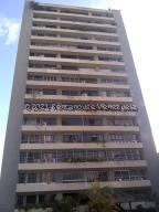 Apartamento En Ventaen Caracas, Santa Fe Norte, Venezuela, VE RAH: 22-1309