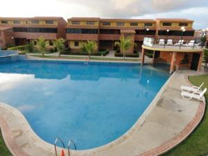 Apartamento En Ventaen Chichiriviche, Flamingo, Venezuela, VE RAH: 22-1431