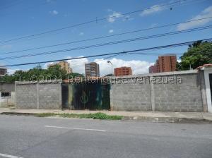 Terreno En Ventaen Barquisimeto, Parroquia Catedral, Venezuela, VE RAH: 22-1420
