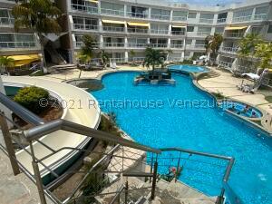 Apartamento En Ventaen Higuerote, Puerto Encantado, Venezuela, VE RAH: 22-1435