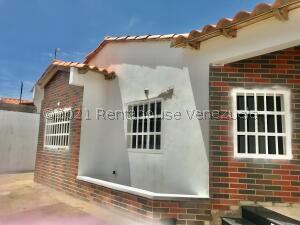 Casa En Ventaen Punto Fijo, Puerta Maraven, Venezuela, VE RAH: 22-1480
