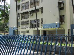 Apartamento En Ventaen Turmero, San Pablo, Venezuela, VE RAH: 22-1483