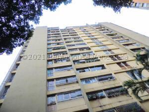 Apartamento En Ventaen Los Teques, Ramo Verde, Venezuela, VE RAH: 22-1552