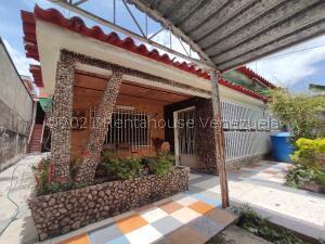 Casa En Ventaen Maracay, El Limon, Venezuela, VE RAH: 22-1574