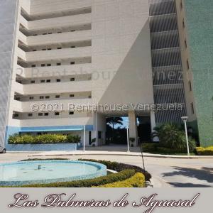 Apartamento En Ventaen Municipio Brion, Conjunto Vacacional Las Palmeras De Aguasal, Venezuela, VE RAH: 22-2754