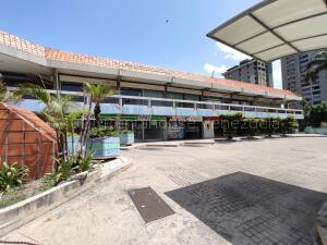 Local Comercial En Ventaen Maracay, Urbanizacion El Centro, Venezuela, VE RAH: 22-1612