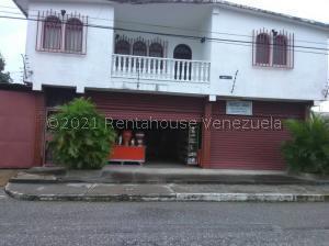 Casa En Ventaen Sarare, Simon Planas, Venezuela, VE RAH: 22-1623