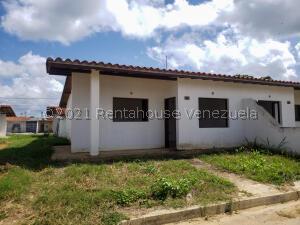 Casa En Ventaen Cabudare, Parroquia José Gregorio, Venezuela, VE RAH: 22-1646