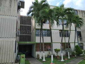 Apartamento En Ventaen Municipio San Diego, Monteserino, Venezuela, VE RAH: 22-1802