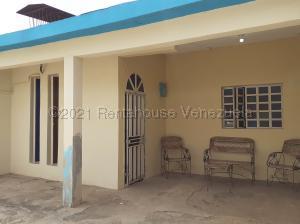 Casa En Ventaen Coro, La Velita, Venezuela, VE RAH: 22-3872