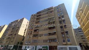 Apartamento En Ventaen Turmero, La Montaña, Venezuela, VE RAH: 22-1778