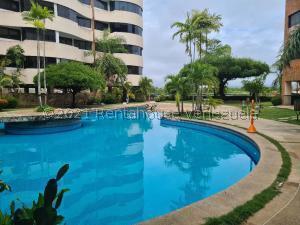 Apartamento En Ventaen Higuerote, Puerto Encantado, Venezuela, VE RAH: 22-1867
