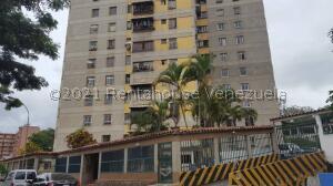 Apartamento En Ventaen Los Teques, Simon Bolivar, Venezuela, VE RAH: 22-1884
