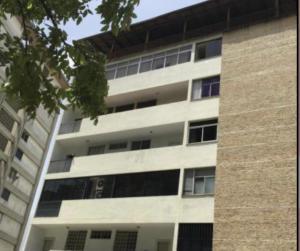 Apartamento En Ventaen Caracas, Colinas De Bello Monte, Venezuela, VE RAH: 22-1885