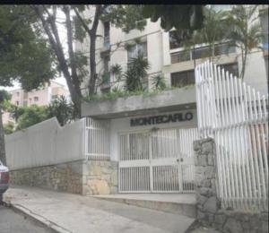 Apartamento En Ventaen Caracas, Colinas De Bello Monte, Venezuela, VE RAH: 22-1888