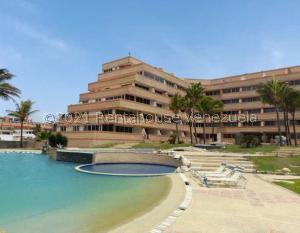 Apartamento En Ventaen Tucacas, Tucacas, Venezuela, VE RAH: 22-1981