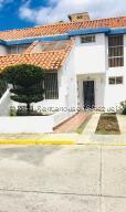 Casa En Ventaen Cabudare, Parroquia Cabudare, Venezuela, VE RAH: 22-1928