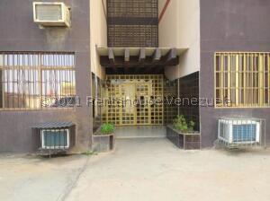 Apartamento En Ventaen Punto Fijo, Puerta Maraven, Venezuela, VE RAH: 22-1938