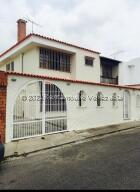 Casa En Ventaen San Antonio De Los Altos, Los Castores, Venezuela, VE RAH: 22-1954