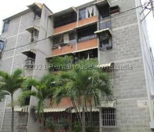 Apartamento En Ventaen Guatire, Parque Alto, Venezuela, VE RAH: 22-1990
