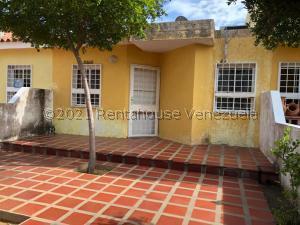 Casa En Ventaen Maracaibo, Santa Fe, Venezuela, VE RAH: 22-2020