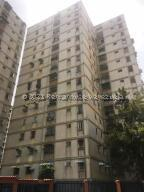 Apartamento En Ventaen Caracas, El Valle, Venezuela, VE RAH: 22-2612