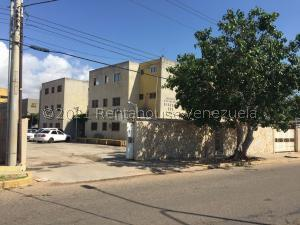 Apartamento En Ventaen Municipio San Francisco, San Francisco, Venezuela, VE RAH: 22-2055