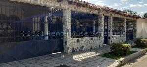 Casa En Ventaen Turmero, Los Overos, Venezuela, VE RAH: 22-2056