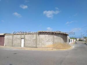 Casa En Ventaen Punto Fijo, Judibana, Venezuela, VE RAH: 22-2079