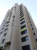 Apartamento En Alquileren Maracaibo, Avenida Bella Vista, Venezuela, VE RAH: 22-2096