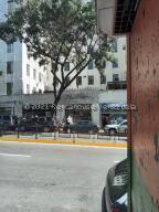 Oficina En Ventaen Caracas, Parroquia Altagracia, Venezuela, VE RAH: 22-2116