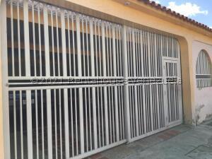 Casa En Ventaen Municipio San Diego, Yuma, Venezuela, VE RAH: 22-2195