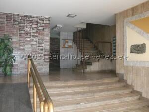 Local Comercial En Ventaen Caracas, Los Ruices, Venezuela, VE RAH: 22-2163