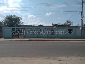 Casa En Ventaen Cabimas, Ambrosio, Venezuela, VE RAH: 22-2239