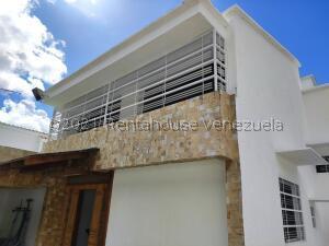 Casa En Ventaen Caracas, Los Naranjos Del Cafetal, Venezuela, VE RAH: 22-2604