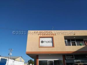Local Comercial En Ventaen Punto Fijo, Puerta Maraven, Venezuela, VE RAH: 22-2261