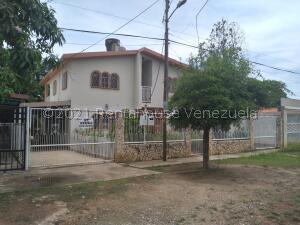 Casa En Ventaen Ciudad Ojeda, Intercomunal, Venezuela, VE RAH: 22-2290