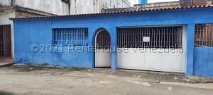 Casa En Ventaen Puerto Ordaz, Sector Unare Ii, Venezuela, VE RAH: 22-2358