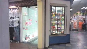 Local Comercial En Ventaen Caracas, Parroquia Catedral, Venezuela, VE RAH: 22-2394
