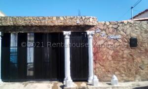 Casa En Ventaen Palo Negro, La Blanquera, Venezuela, VE RAH: 22-2415