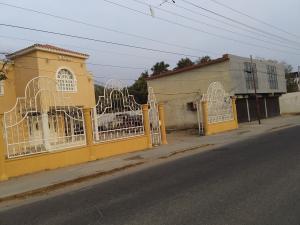 Casa En Ventaen Ciudad Ojeda, Intercomunal, Venezuela, VE RAH: 22-2416