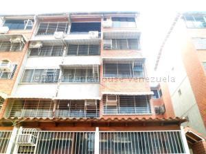 Apartamento En Ventaen Guarenas, Terrazas Del Este, Venezuela, VE RAH: 22-2450