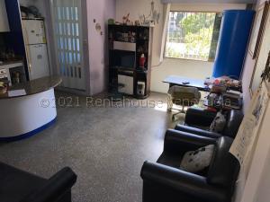 Apartamento En Ventaen Caracas, El Valle, Venezuela, VE RAH: 22-2457