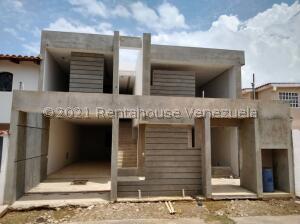 Casa En Ventaen Ciudad Ojeda, Campo Elias, Venezuela, VE RAH: 22-2471