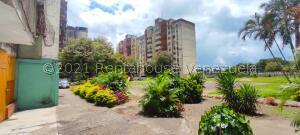 Apartamento En Ventaen Acarigua, Centro, Venezuela, VE RAH: 22-2497