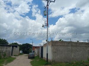 Terreno En Ventaen Santa Cruz De Aragua, San Rafael, Venezuela, VE RAH: 22-2511