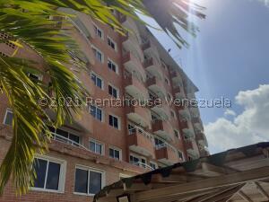 Apartamento En Ventaen Guatire, Vega Arriba, Venezuela, VE RAH: 22-2521