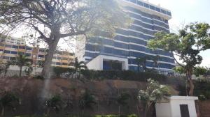 Apartamento En Ventaen Parroquia Caraballeda, La Llanada, Venezuela, VE RAH: 22-2522
