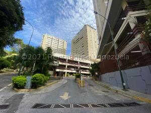 Apartamento En Ventaen Caracas, Santa Fe Norte, Venezuela, VE RAH: 22-2714
